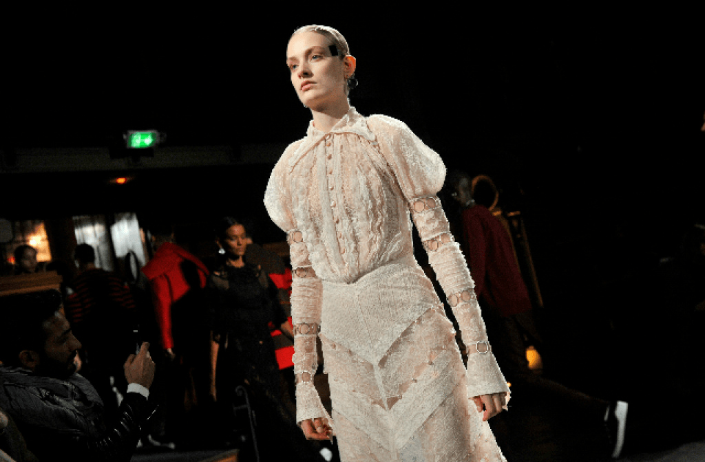 GIVENCHY COUTURE SPRING-SUMMER 2017