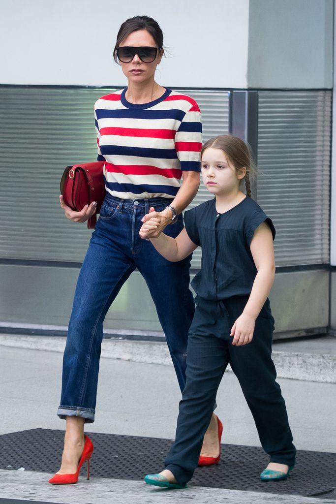 Виктория Бекхэм с дочерью – образ дня