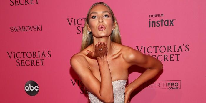 Самые «голые» платья с вечеринки Victoria's Secret