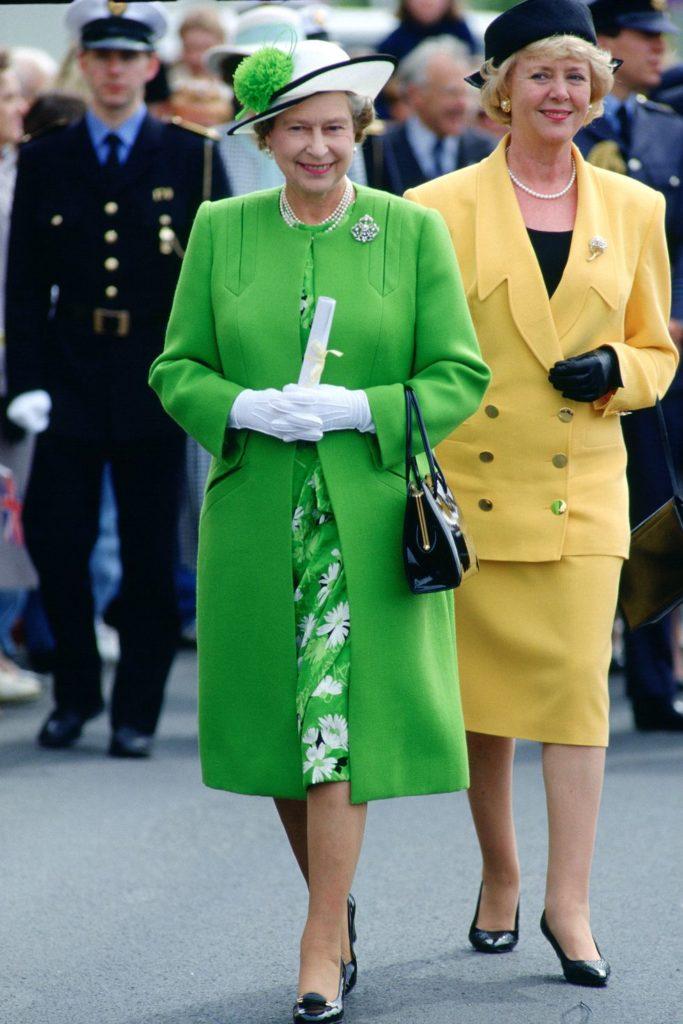 сотен костров, наряды королевы елизаветы фото своими руками
