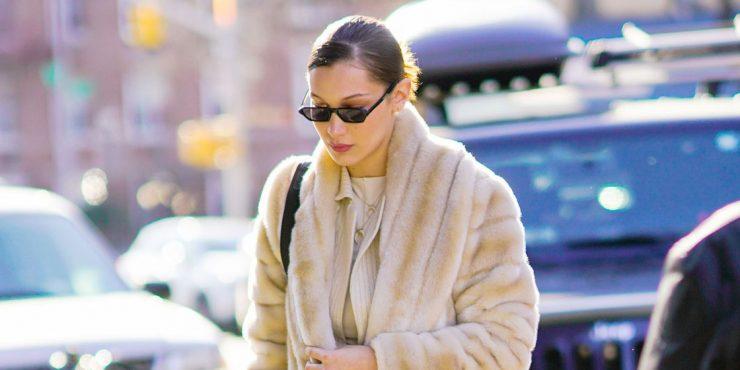 Где купить пальто из эко меха, как у Беллы Хадид и Арианы Гранде?
