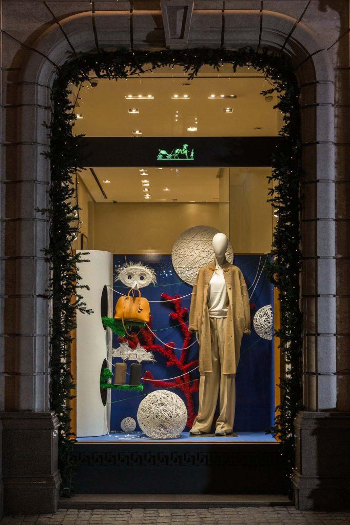 витрины Hermès