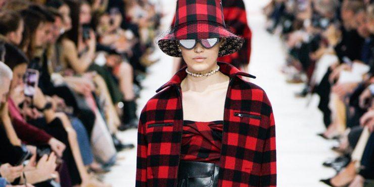 Модель из Казахстана дебютировала на показе Dior