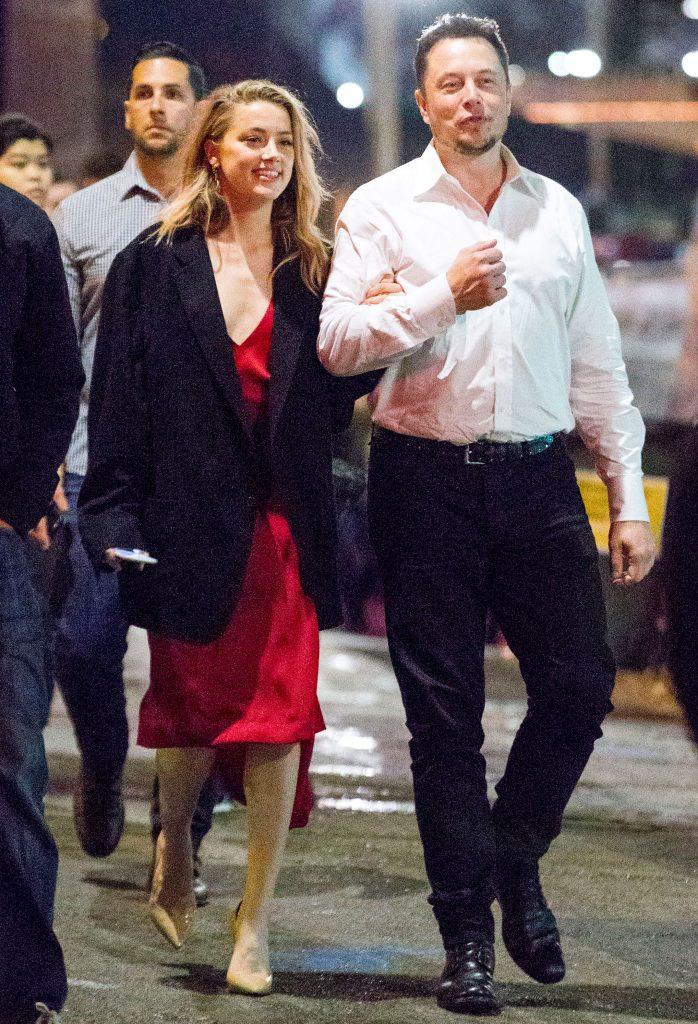 Джонни Депп: «Эмбер начала изменять мне с Илоном Маском уже через месяц после свадьбы»