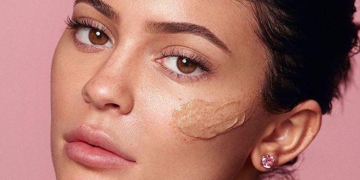 Уходовую косметику Кайли Дженнер раскритиковали дерматологи