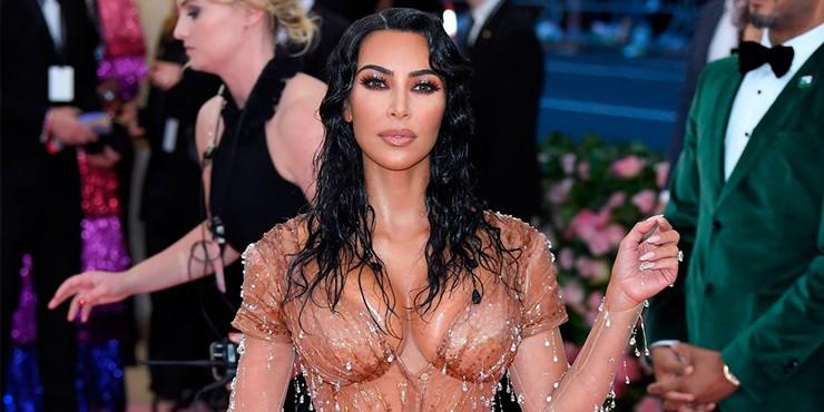 Как Ким Кардашьян добилась эффекта супертонкой талии на Met Gala 2019