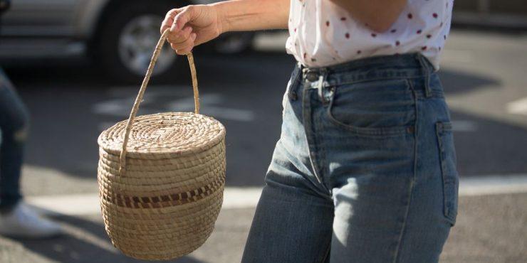 Соломенная сумка: 10 самых модных моделей