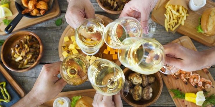 Есть и пить в Алматы: Bubble Food Festival ждет своих гостей