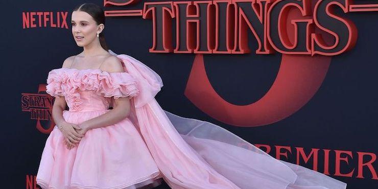 «Очень странные дела 3»: Оди оделась на премьеру как диснеевская принцесса