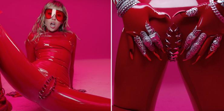 Латекс и вагина с зубами: Майли Сайрус выпустила новый клип