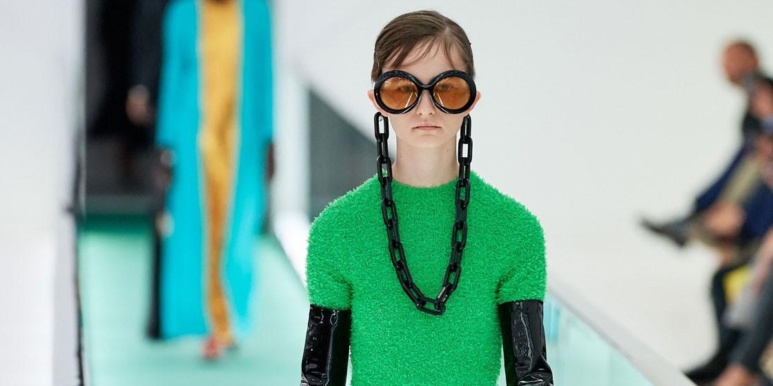 Казахстанская модель Ольга Кулибаба на показе Gucci