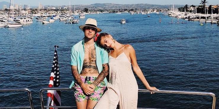 Джастин Бибер поделился первым совместным снимком с Хейли в преддверии свадьбы