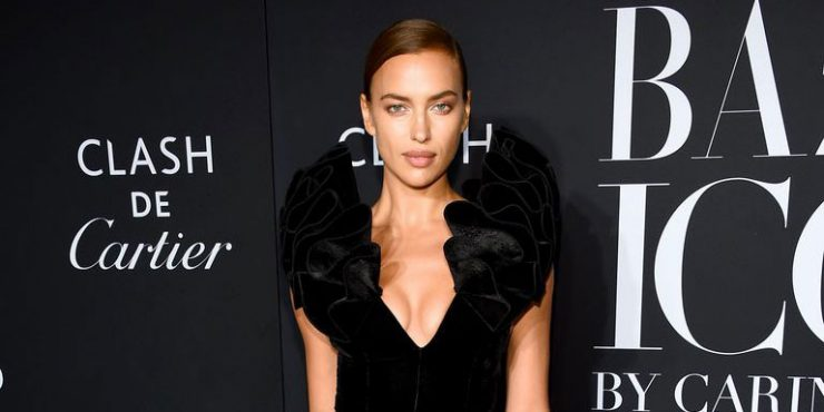 Ирина Шейк выглядит дорого в юбке за 20 тысяч тенге
