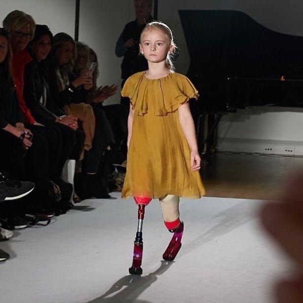 девочка без ног