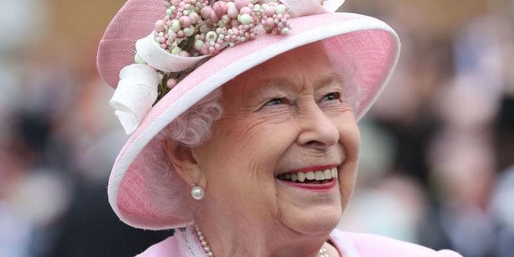 Королева Елизавета затроллила группу туристов