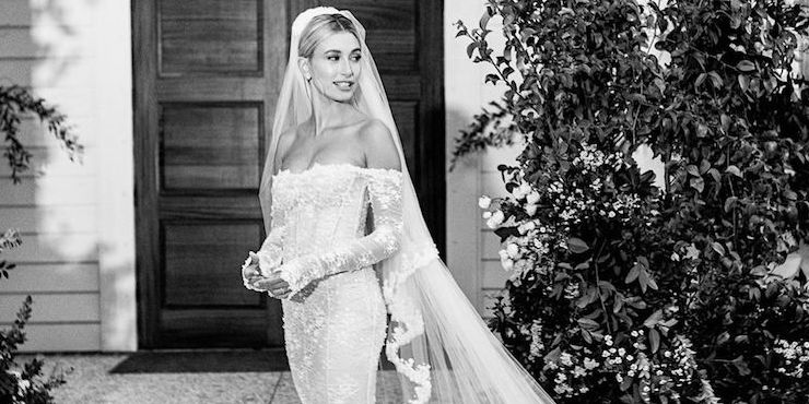 Хейли Бибер показала свое главное свадебное платье