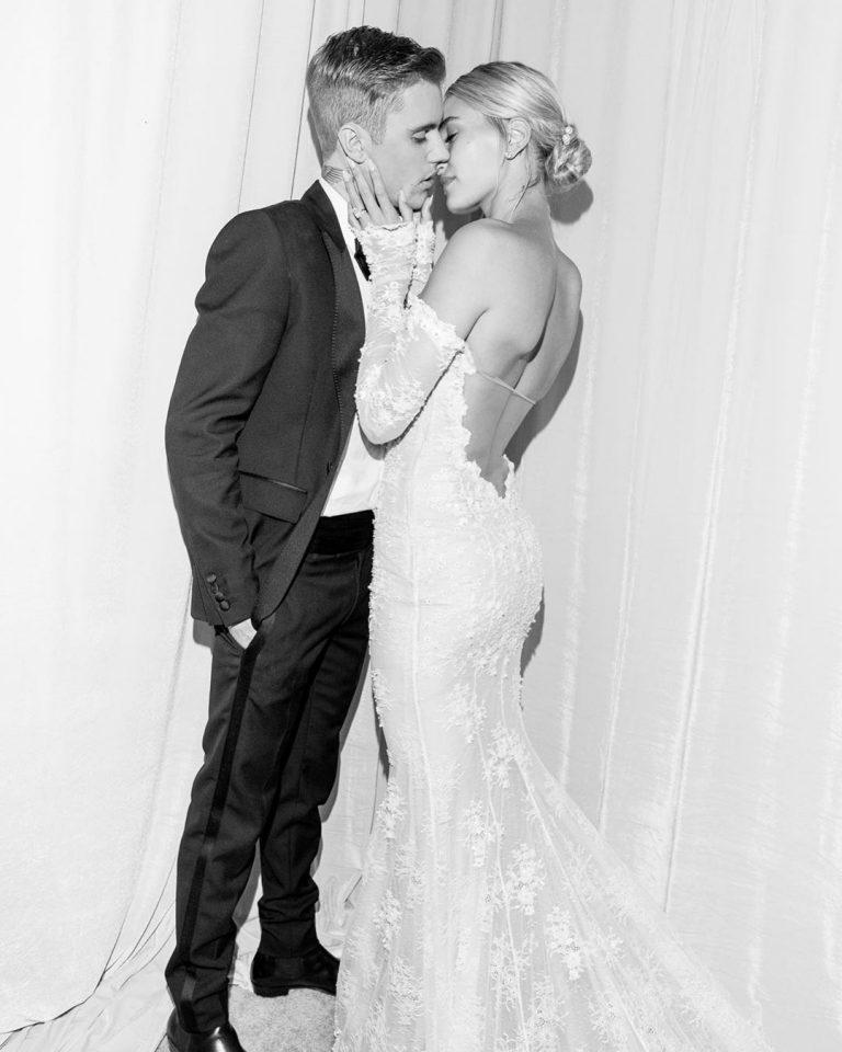 В защиту свадебного платья Хейли Бибер
