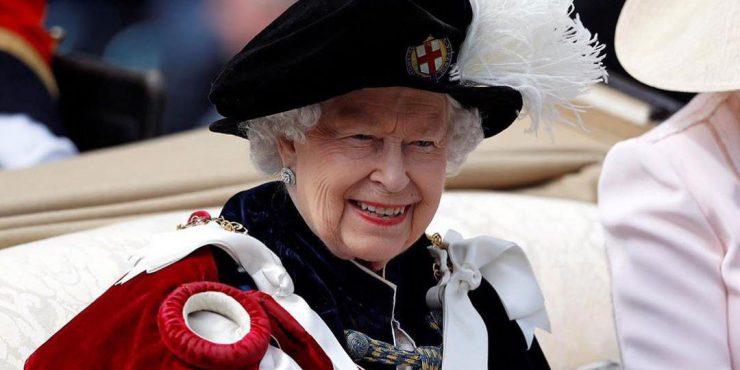 Кто разнашивает туфли для королевы Елизаветы II?