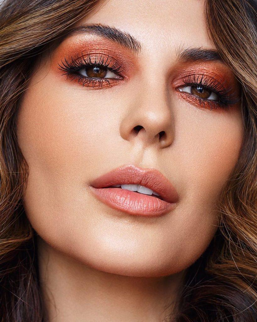 Новогодний макияж глаз: образы для праздничной вечеринки
