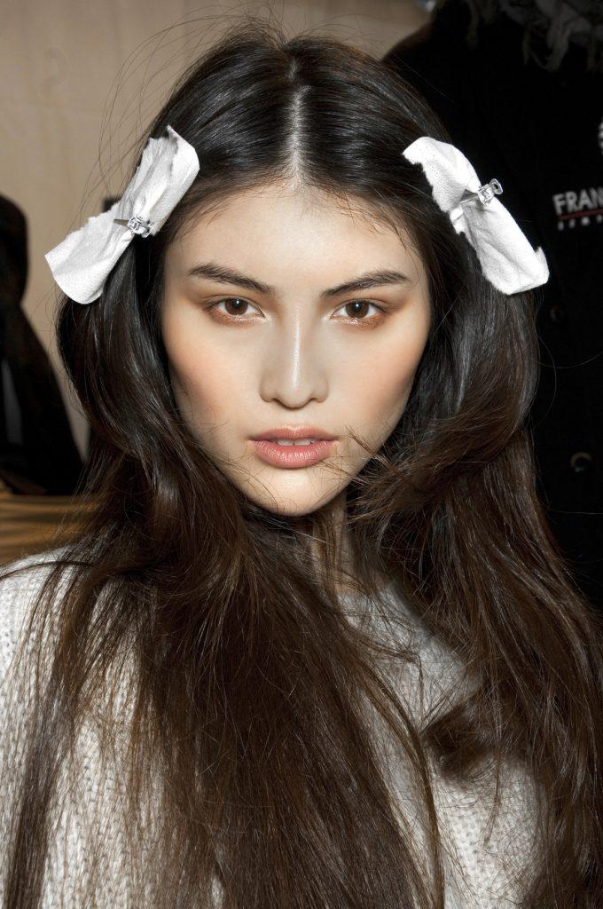 макияж для карих глаз: золотые тени