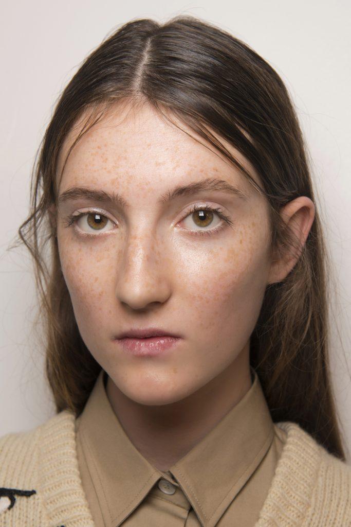 макияж для карих глаз: естественный образ