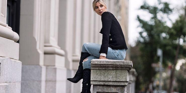 Как стилизовать джинсы в праздничный сезон?