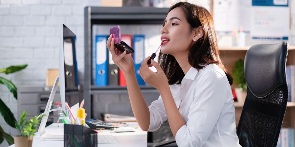 Как сделать дневной и вечерний макияж за 5 минут?