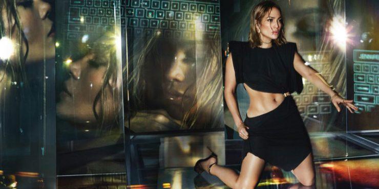 Кендалл Дженнер косплеит Дженнифер Лопес в том самом платье Versace