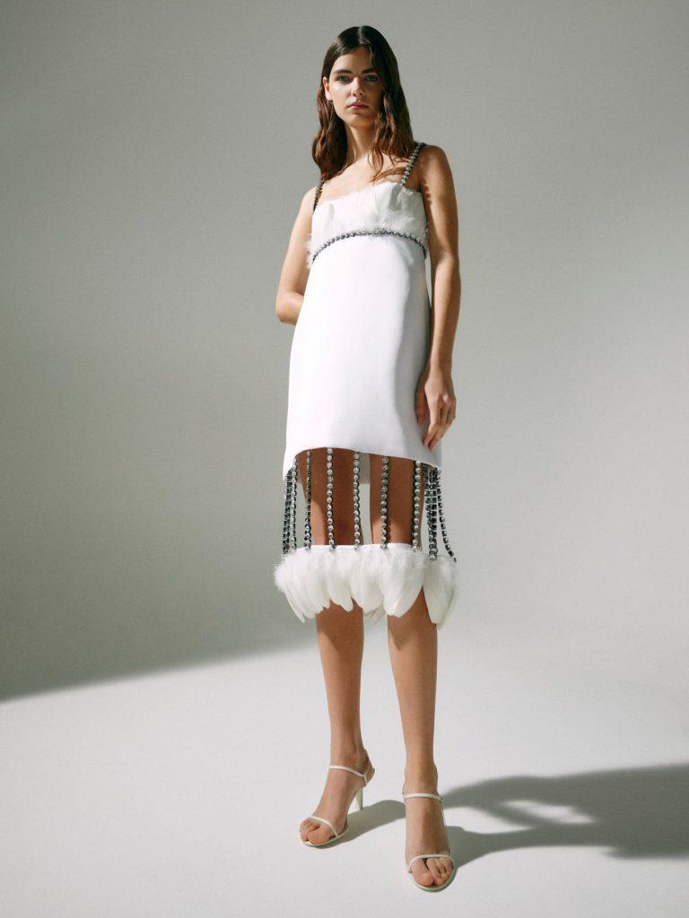 Традиционные свадебные платья больше не в моде. Что выбирают невесты?