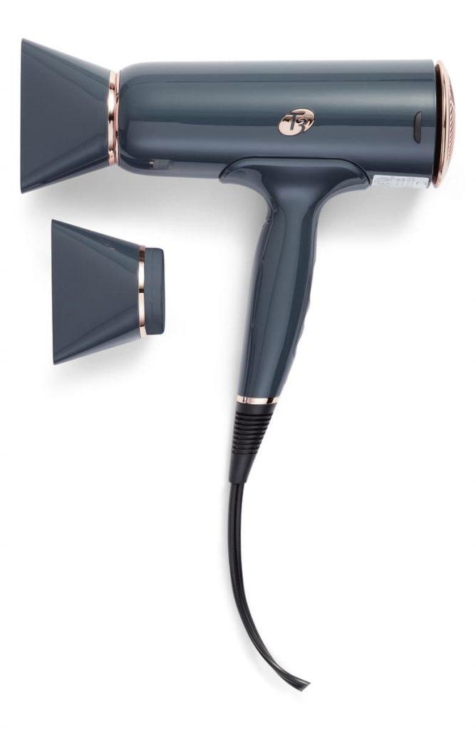 электризуются волосы: Ионный фен T3 Cura IonAir