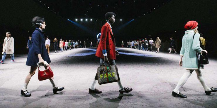 Gucci вернули на подиум сумку, названную в честь Джеки Кеннеди