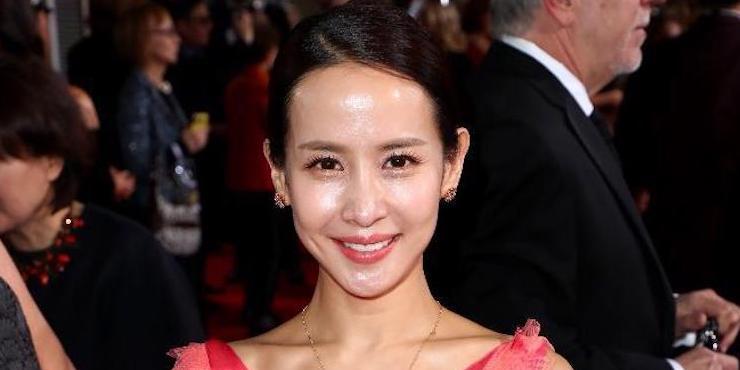 Какие украшения выбирает актриса из фильма «Паразиты» Чо Е-джон?