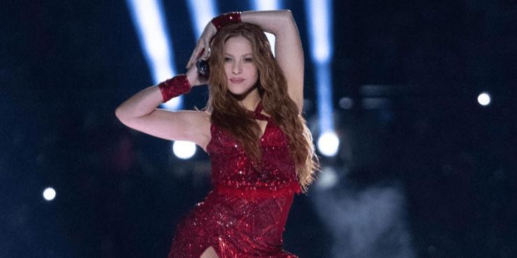 Строгая диета и фитнес: как Шакира готовилась к Super Bowl 2020