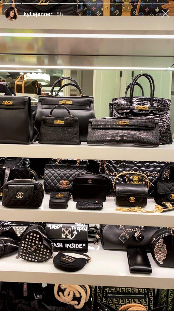 Кайли Дженнер показала свою роскошную коллекцию сумок