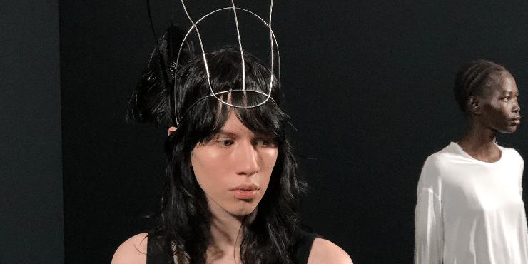 Как создавался макияж на парижской Неделе моды