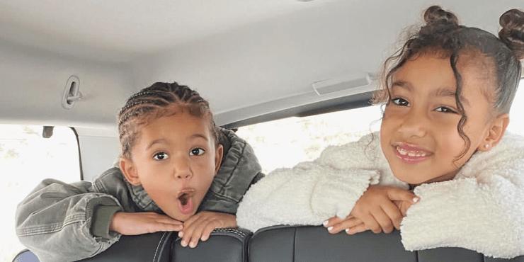 Кому из детей семейства Кардашьян-Дженнер пора завести аккаунт в Instagram