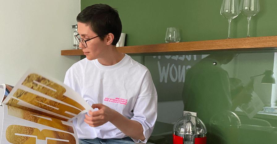 «Я – победивший COVID 19 казах»: новые крутые футболки Zherebtsov