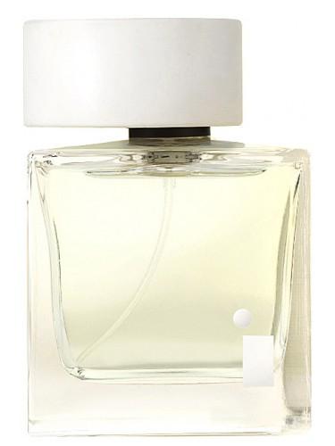 Пахнуть как звезда: знаменитости и их любимые парфюмы