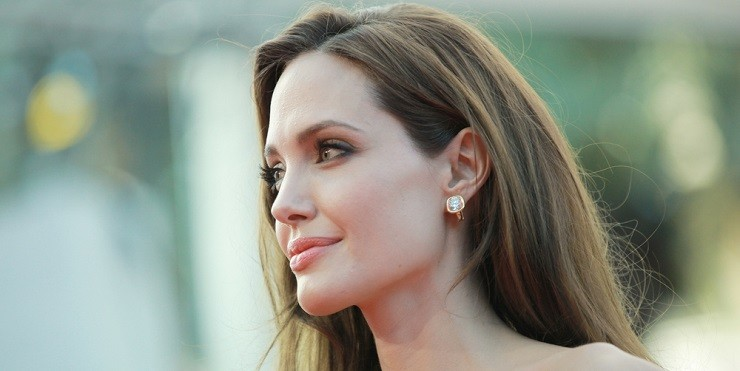 Анджелина Джоли впервые раскрыла причину развода с Брэдом Питтом