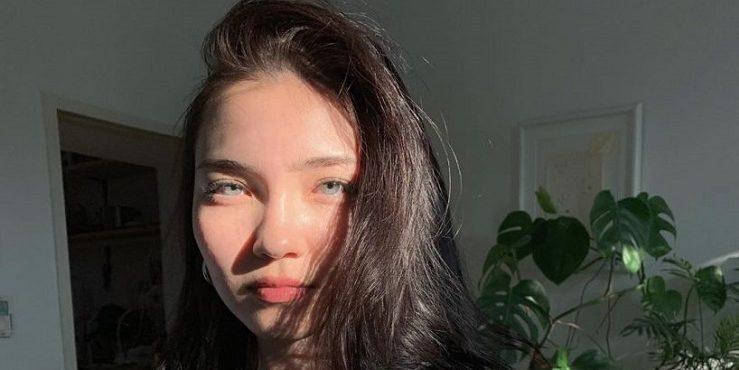 Айя Шалкар встала на защиту казахстанских женщин