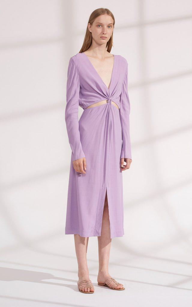 платье лилового цвета