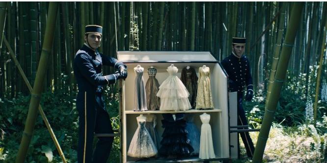 Неделя моды Haute Couture: что показали бренды в новом формате шоу?