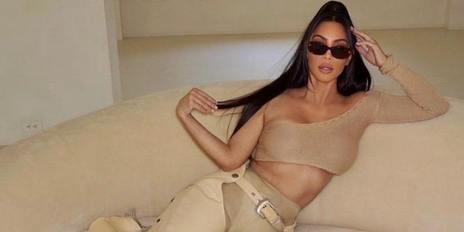 У Ким Кардашьян совершенно новый цвет волос