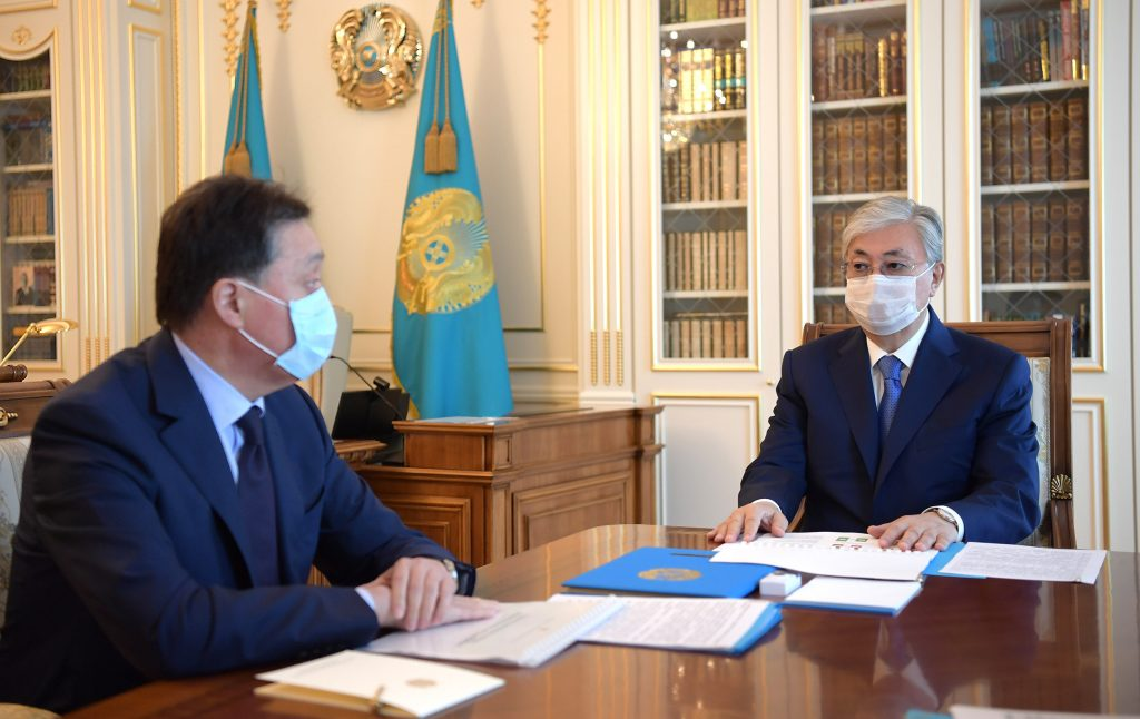 продлить карантин в Казахстане.