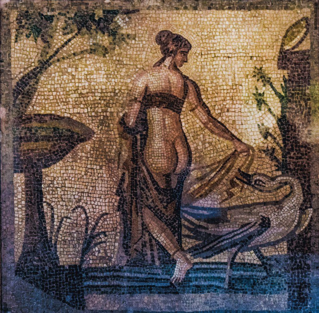 корректирующее белье и древняя греция