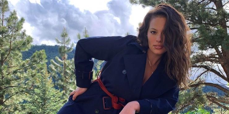 «Очень плохая мамочка»: Эшли Грэм снялась обнаженной