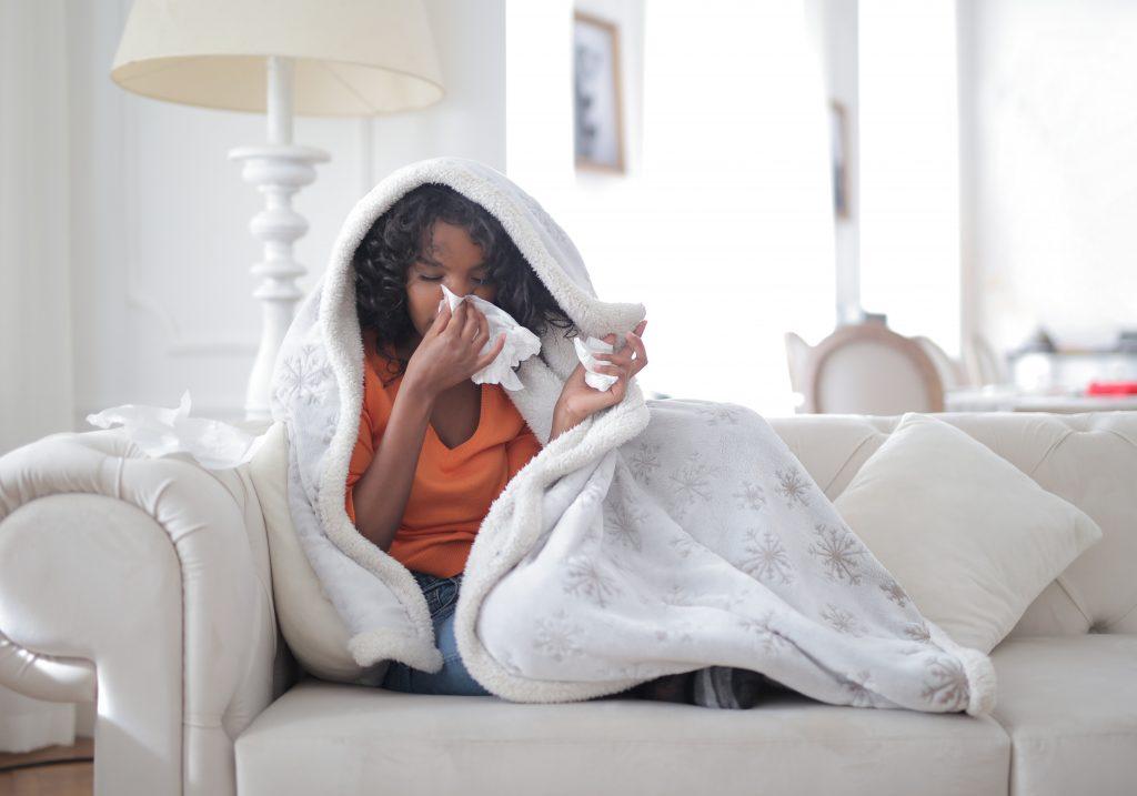 Будьте начеку: физические признаки, вызванные одиночеством