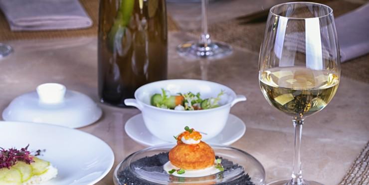 The Ritz-Carlton, Astana запускает серию осенних винных вечеров