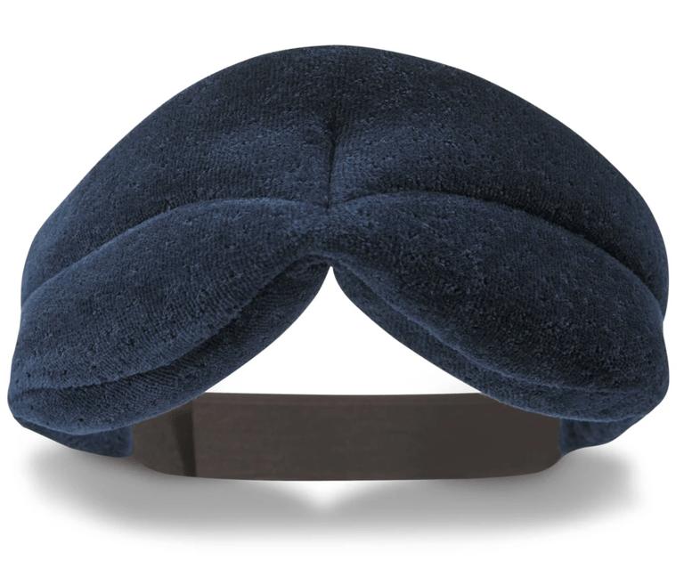 Для настоящих спящих красавиц: лучшие маски для сна
