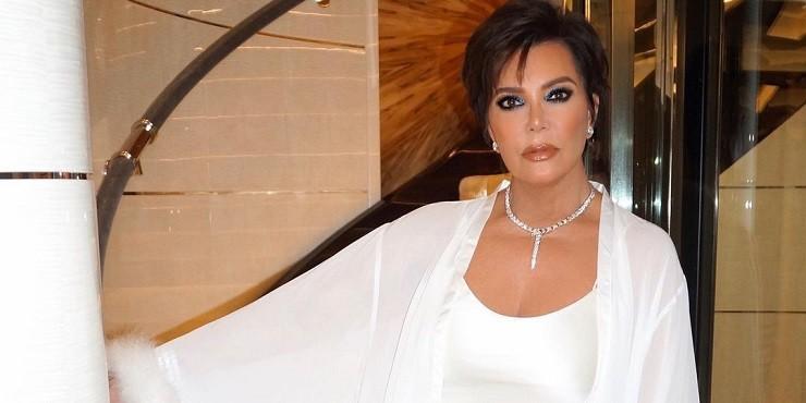 Что подарила Ким Кардашьян своей маме на день рождения?